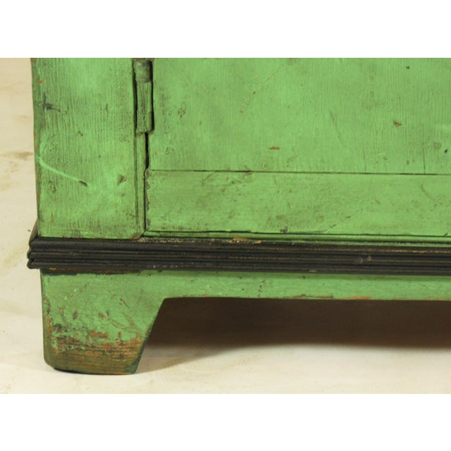 Green 19th C. American Green Painted Cupboard For Sale - Image 8 of 12