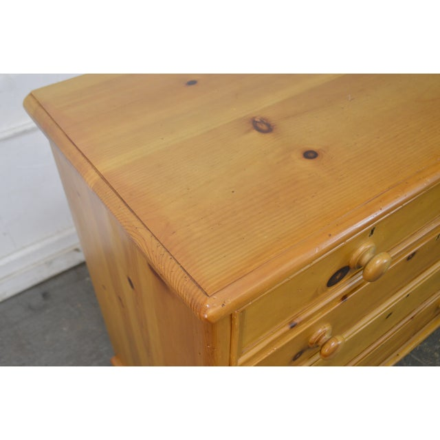 Wexford Collection Country Pine 2 Over 3 Chest of Drawers For Sale - Image 9 of 13
