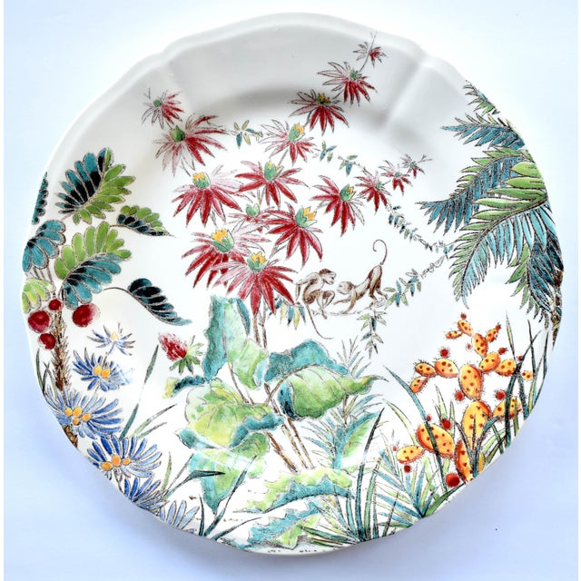 "Ceramic Vintage French Gien ""Tamarin"" Pattern 9"" Plate For Sale - Image 7 of 7"