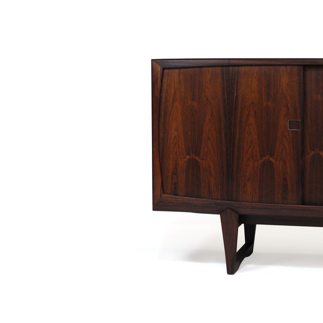 Mid 20th Century Danish Rosewood Credenza With Metal Pulls For Sale - Image 5 of 11