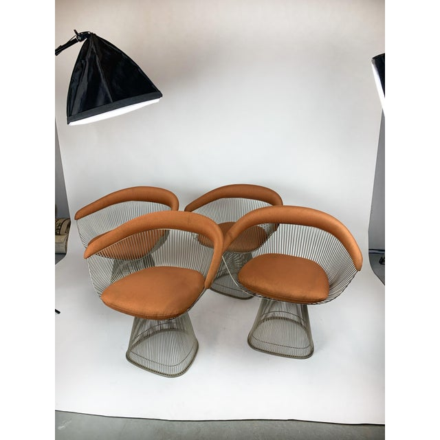 This rare set of four original Platner Arm Chairs for Knoll International dates from the late 1960s and features the...