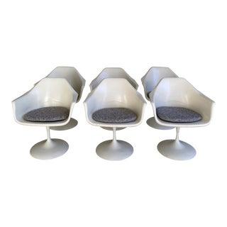 Arthur Umanoff Off White Tulip Fiberglass Swivel Chairs- Set of 6 For Sale