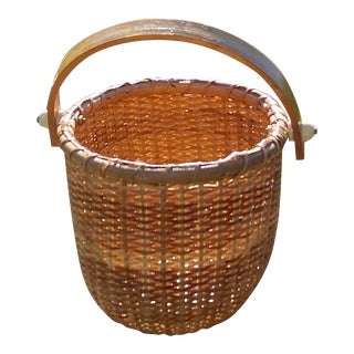 Petite Handwoven French Handled Basket With Ceramic Button Detailed Hardware For Sale