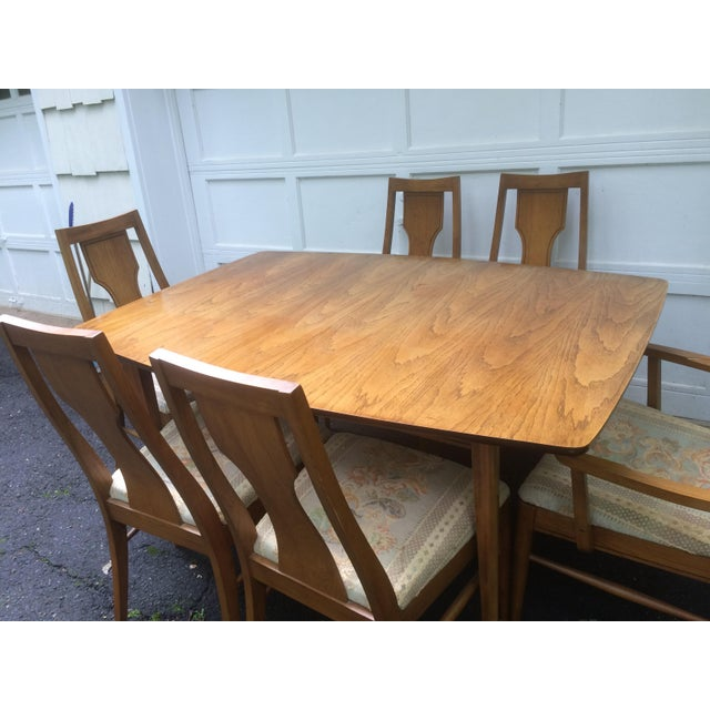 Kent Coffey Perspecta Series Dining Table & 6 Chairs Set - Image 4 of 11