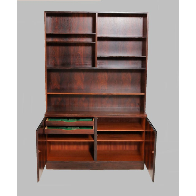 Danish Modern Gunni Omann Refinished Danish Rosewood Shelving Unit by Omann Jun For Sale - Image 3 of 7