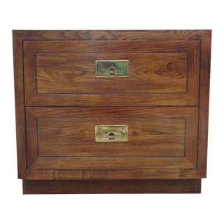 Vintage Henredon Oak & Brass Campaign Nightstand Chest For Sale