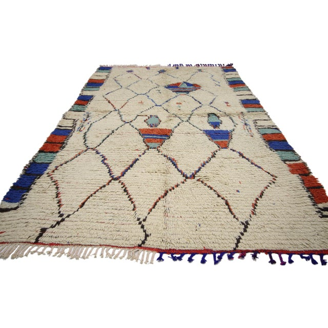 Abstract Vintage Moroccan Rug, Berber Moroccan Azilal Tribal Rug, 04'06 X 07'09 For Sale - Image 3 of 6