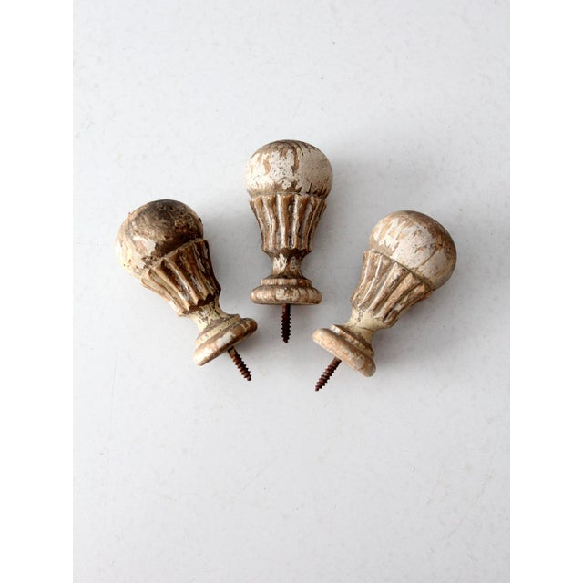 Metal Antique White Wooden Finials - Set of 3 For Sale - Image 7 of 7