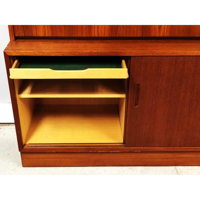 Poul Hundevad 1970s Danish Modern Hundevad Teak Wall Unit Desk & Bookcase For Sale - Image 4 of 11