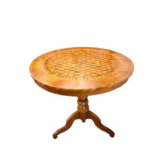 19th Century Inlaid Walnut Sorrento Table For Sale