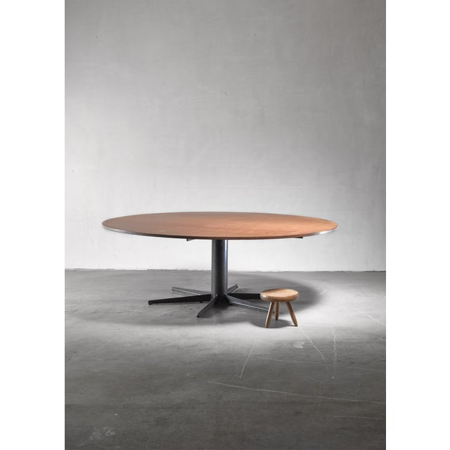 Very Large (225 CM / 88.58 Inch Diameter) Round Industrial Table, Dutch, 1950s/60s For Sale - Image 4 of 4