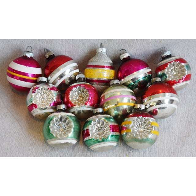 Retro Midcentury Colorful Christmas Tree Ornaments W/Box - Set of 12 For Sale - Image 4 of 10