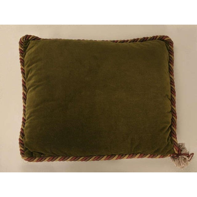 Vintage English Grapes & Butterfly Motif Velvet Pillow For Sale - Image 10 of 11
