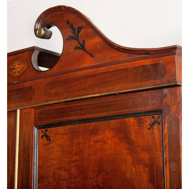 Fine George III Mahogany and Rosewood Linen Press For Sale - Image 4 of 10