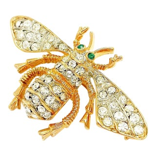 Bee Brooch by Kenneth Jay Lane For Sale