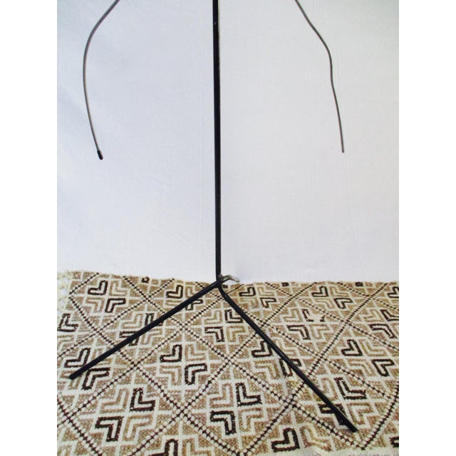 Modernist Abstract Industrial Wire Mannequin Form on Stand For Sale - Image 9 of 11
