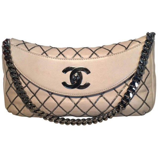 Chanel Beige Leather Gunmetal Chain Quilted Classic Flap Shoulder Bag For Sale - Image 13 of 13