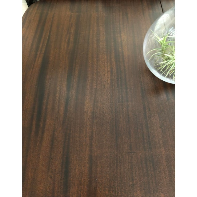 20th Century American Classical Duncan Phyfe Style Dining Table For Sale In Los Angeles - Image 6 of 7