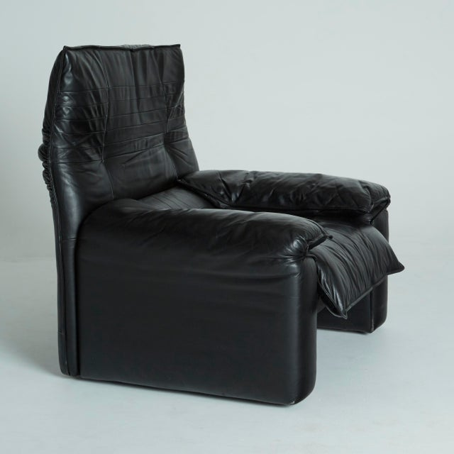 Black Leather Italian Club Chairs - Pair - Image 6 of 11