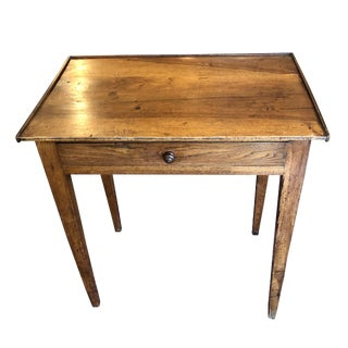 19th Century Federal Walnut Period One Drawer Table For Sale