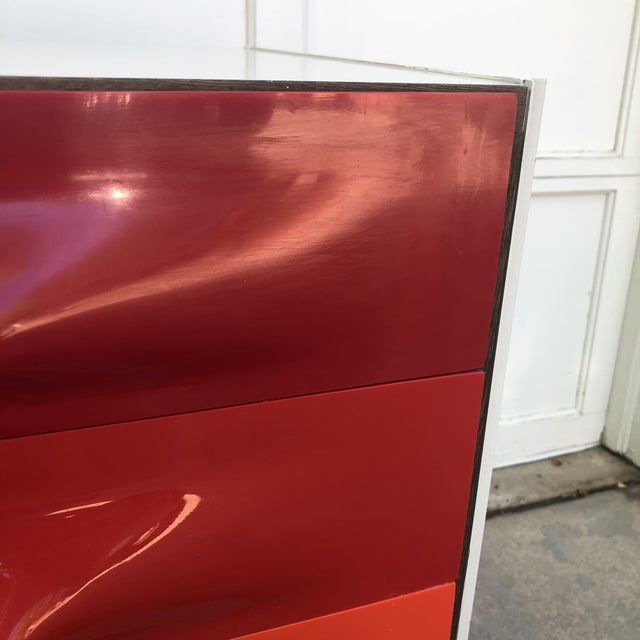 Raymond Loewy Red and White Space Age Df2000 Dresser For Sale - Image 10 of 13