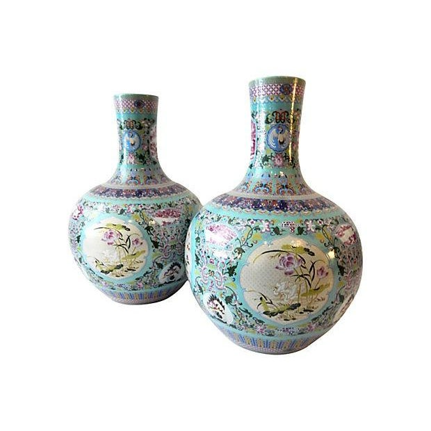 Famille Rose Onion-Shape Vases - Set of 2 For Sale - Image 4 of 8