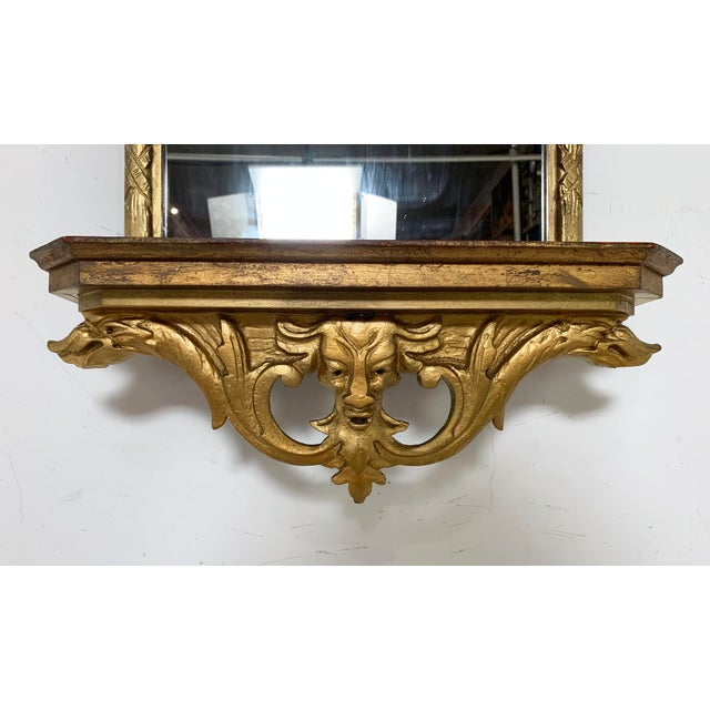 Mid-Century Modern C. 1950s Hollywood Regency Style Italian Carved Giltwood Mirror With Under Shelf For Sale - Image 3 of 9