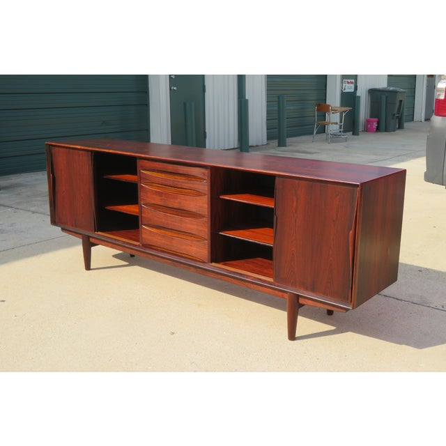 Mid-Century Modern 1960s Mid-Century Modern Rosewood Vodder or Omann Style Sideboard For Sale - Image 3 of 8