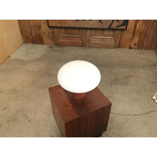 Laurel lamp company classic table lamp. Made in the style of mid-century modern.