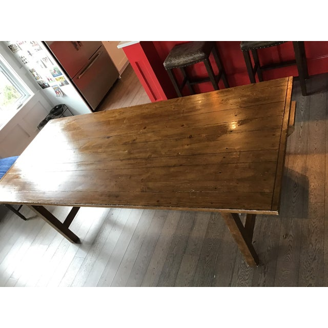 Great condition Pottery Barn dining table, light ware on one edge. Includes bench and two leaves to expand the table in...