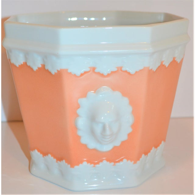 Vintage Apricot & White Mottahedeh Porcelain Cachpot For Sale - Image 9 of 9