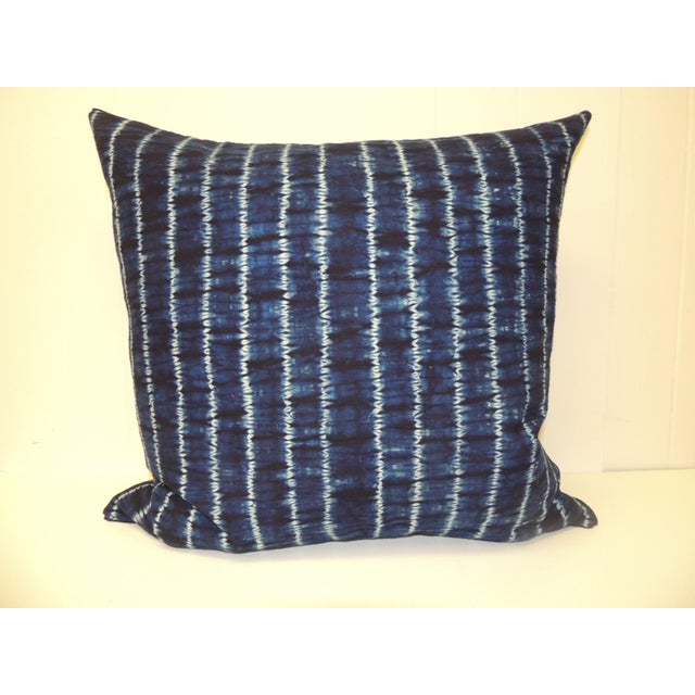 1980s Vintage Indigo and White African Resist-Dye Textile Decorative Pillow For Sale - Image 5 of 5