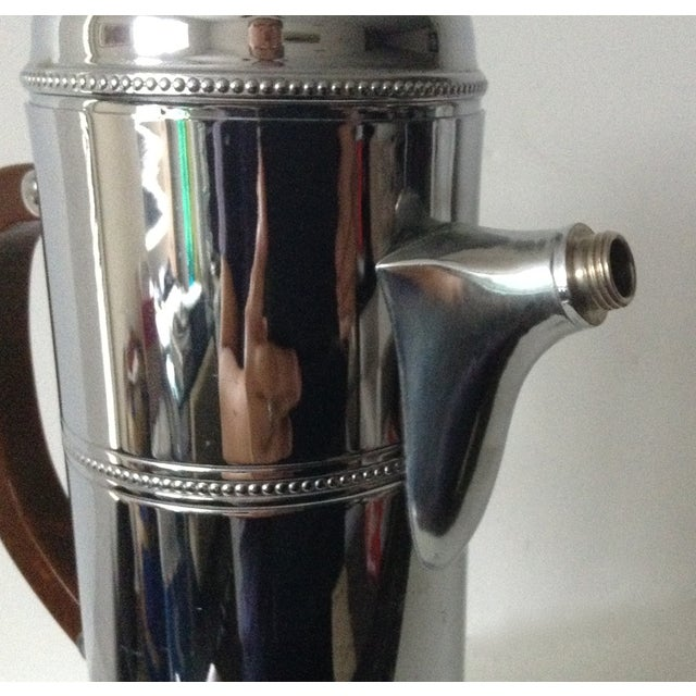 Mid-Century Cocktail, Martini Shaker With Bakelite Handle -Final Markdown For Sale In West Palm - Image 6 of 10