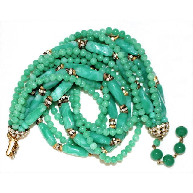 1960s William deLillo Green Glass Bead Necklace For Sale - Image 4 of 5