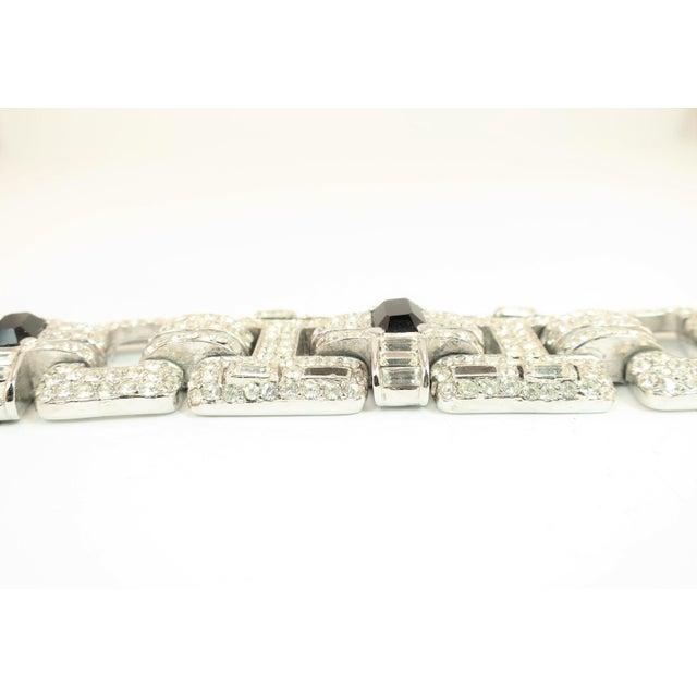 Art Deco Ciner Art Deco-Style Geometric Link Rhodium Bracelet 1950s For Sale - Image 3 of 13