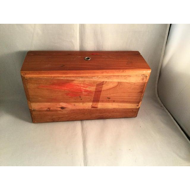 American Lane Cedar Handmade Wooden Box, 1980s For Sale - Image 3 of 9