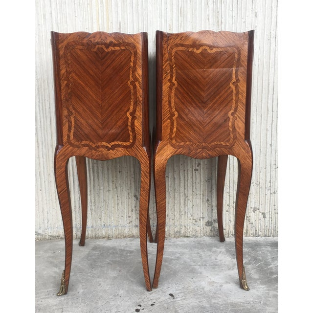 Brown Pair of French Marquetry Walnut Bedside Tables With Drawers and Open Shelf For Sale - Image 8 of 13