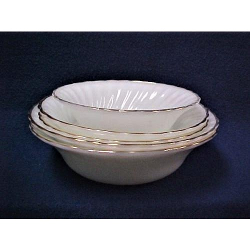 White Fire King Bowls - Set of 5 For Sale - Image 5 of 5