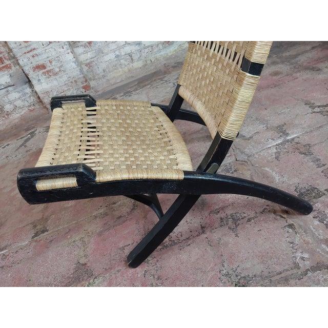 Vintage Hans Wegner Woven Rope Folding Chair For Sale - Image 4 of 10