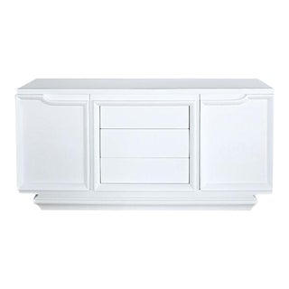 Mid 20th Century American of Martinsville White Lacquer Nine Drawer Dresser For Sale