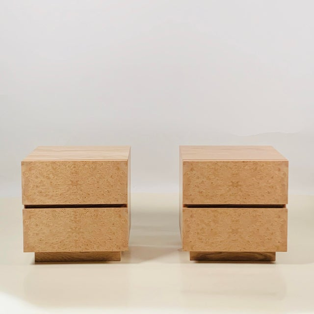 Contemporary Minimalist 'Amboine' Burl Wood Nightstands by Design Frères - a Pair For Sale - Image 3 of 12