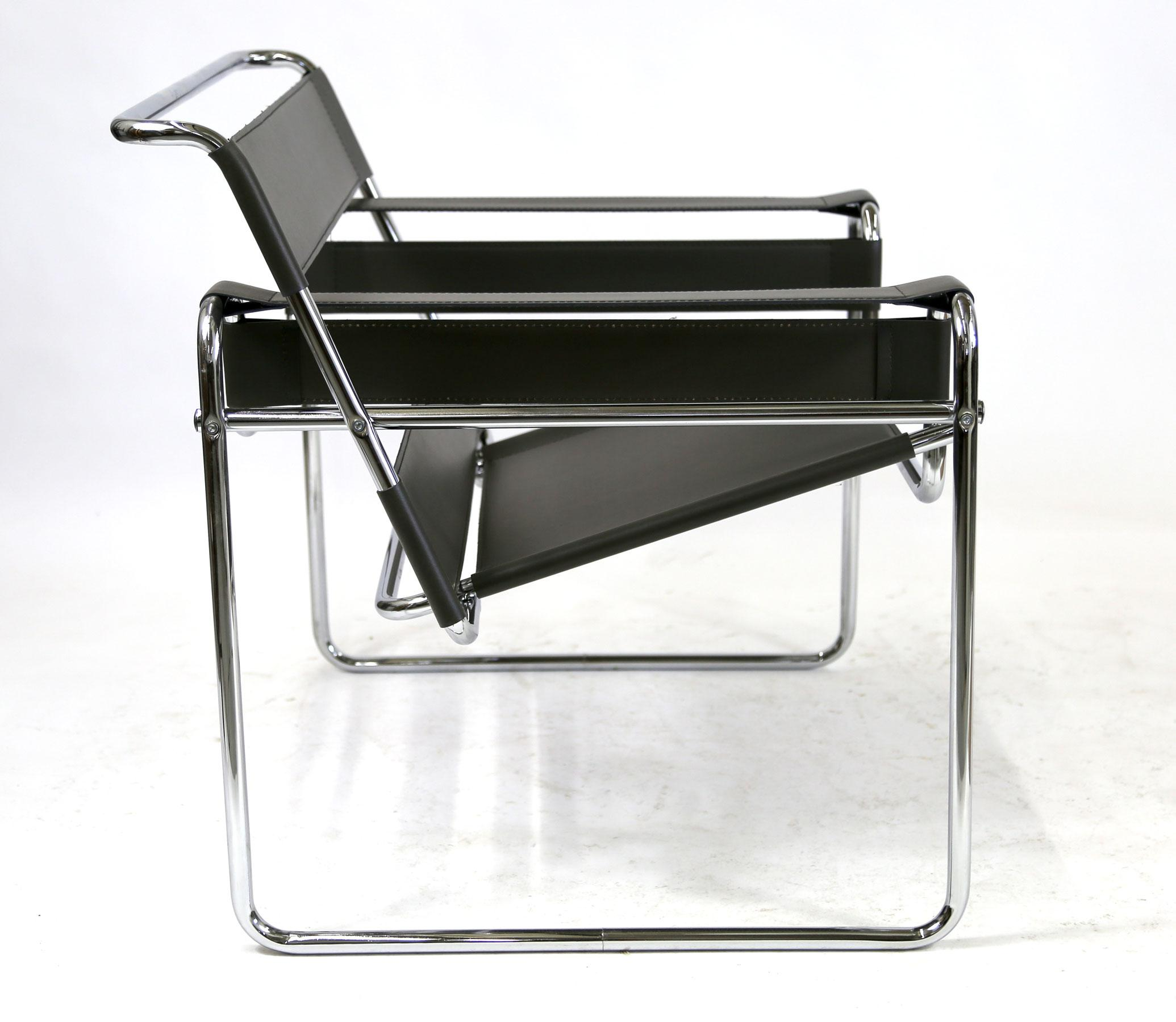 Reproduction Wassily Chair Marcel Breuer Black Leather And Chrome Tube  Frame   Image 4 Of 9