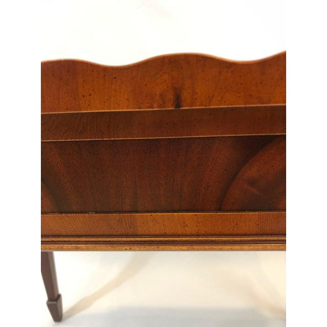 1980s Traditional Heckman Mahogany and Inlaid Tea Side Table For Sale - Image 9 of 13