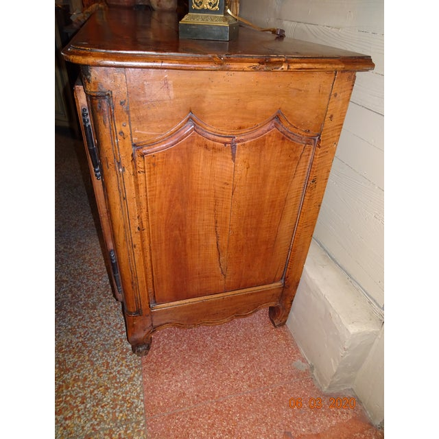 French Louis XV Walnut Enfilade For Sale - Image 10 of 13