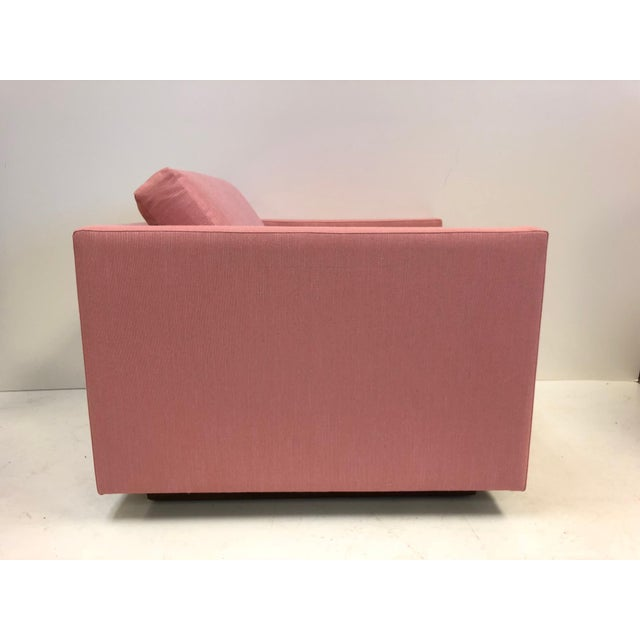 Mid-Century Modern Pair of Harvey Probber Cube Lounge Chairs on Walnut Plinth Bases For Sale - Image 3 of 5