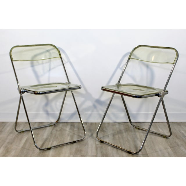 Mid-Century Modern 1960s Vintage Castelli Mid Century Modern Lucite Chrome Folding Side Chairs - Set of 4 For Sale - Image 3 of 12