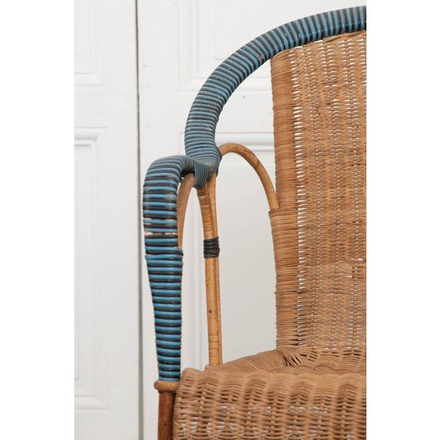 French Vintage French Woven-Rattan Settee For Sale - Image 3 of 11