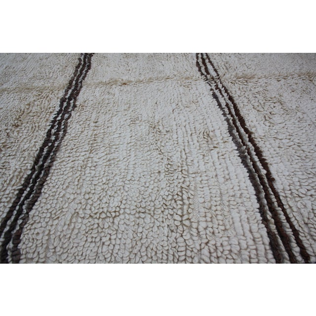 Moroccan Beni Ourain Rug - 14'2'' X 6'3'' For Sale - Image 5 of 5