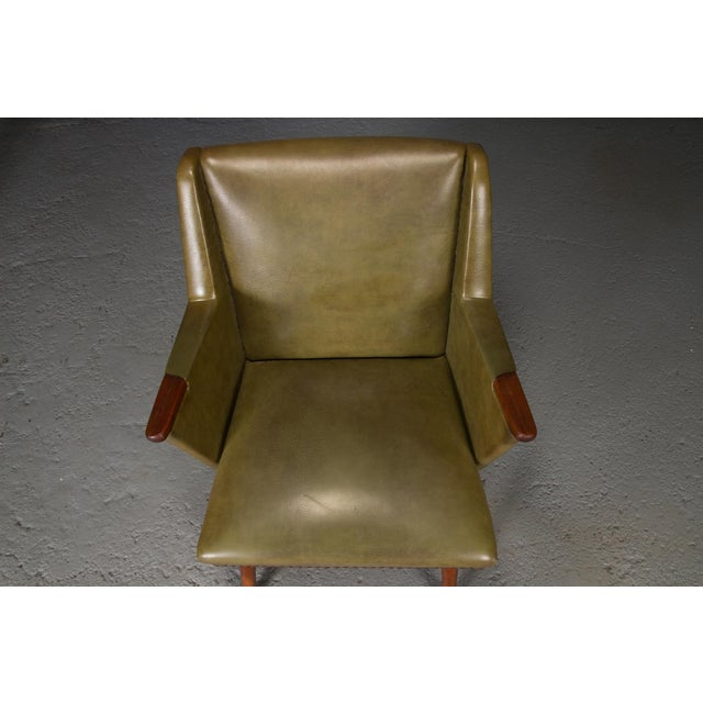 1950s Mid-Century Modern Green Teak Lounge Easy Chair For Sale In Boston - Image 6 of 9