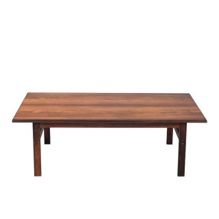 Vintage Danish Modern Rosewood Coffee Table For Sale